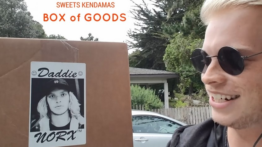 UNBOXING SOME FRESH SWEETS KENDAMAS!