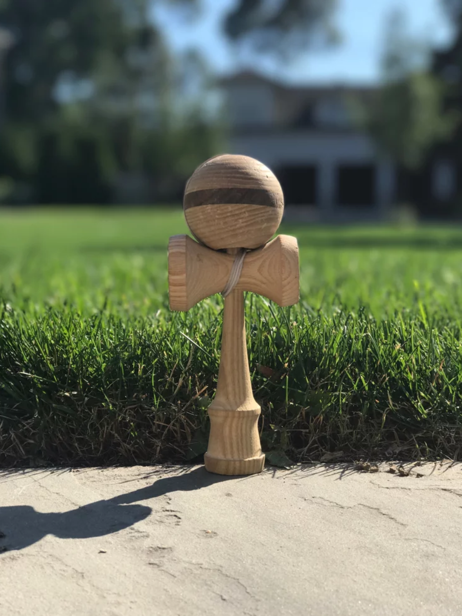 Bolt Kendama review.